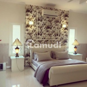 1000 Sq Yards Furnished Bungalow For Sale