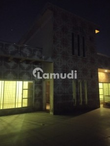 Flat 2 Beds For Rent In Muslim Town Best Location