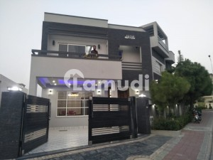 House Is Available For Sale In Bahria Town Rawalpindi