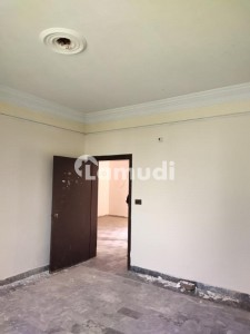 Single Storey House Is Available For Rent