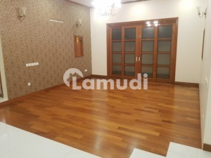 600 Yards Bungalow For Sale In DHA Phase 6
