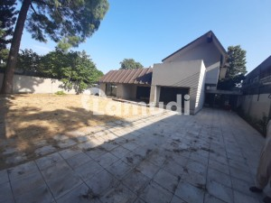 7992  Square Feet House Up For Rent In F-7