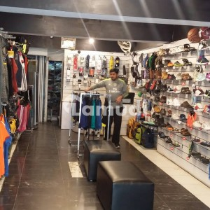 F10 Main Road 3000 Sqft Shop Available For Rent For Brands Clothing Outlets Food Brands Etc