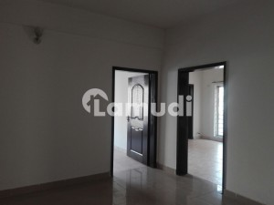 6 Kanal House Situated In Model Town For Sale