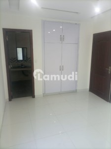 530 Sq Feet New Flat For Sale In Aa Block Bahria Town