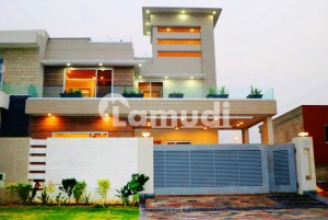 SYED BROTHERS OFFERS 10 MARLA BRAND NEW BEAUTIFUL BUNGALOW FOR SALE