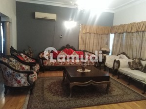DHA Phase4 Kanal Fully Furnished Bungalow For Rent