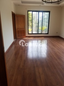 Upper Portion For Rent In F8