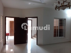 20 Marla Lower Portion Up For Rent In Bahria Town