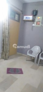950  Square Feet Flat Is Available For Sale In Latifabad