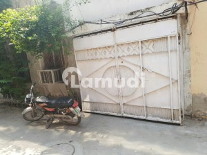 4 .5 Marla House For Sale In  Muslim Town Lahore