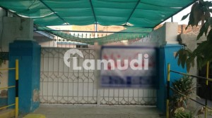 In Gol Bagh Chowk Building Sized 5400  Square Feet For Rent