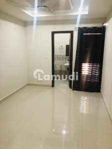 Flat For Sale With 2 Bedroom Good Location In E-11