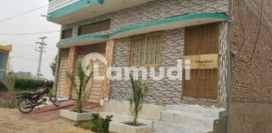 1800  Square Feet House Up For Sale In Hussain Town