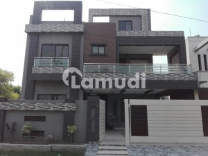House Of 10 Marla In Gulshan-e-Lahore Is Available