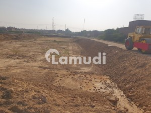 In Mannan Town 675  Square Feet Plot File For Sale