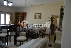 F 7- Upper Portion 3 Beds Separate Gate Un Furnished Rent 1 Lac