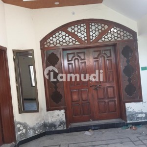 5 Marla Double Storey House For Rent. Ideal Location. Near To Main Road. Next To Corner House