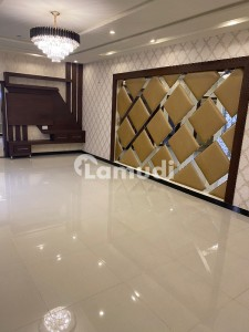 In Dha Defence House For Sale Sized 2250  Square Feet
