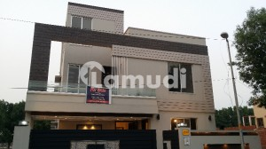 FULLY LUXURY 10 MARLA BRAND NEW HOUSE FOR SALE  IN BAHRIA TOWN LAHORE