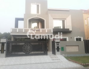 10 Marla Owner Build House For Sale In Gulbahar Block Sector C Bahria Town Lahore