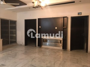 1 Kanal House Is Available For Sale In Cavalry Ground