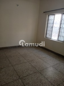 1350 Square Feet Lower Portion Available For Rent In G-10
