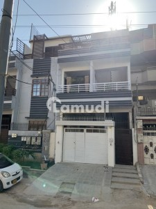 Upper Portion Sized 2160  Square Feet Is Available For Sale In Gulistan-E-Jauhar
