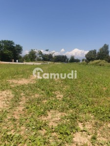 5 Kanal Land Available For Sale