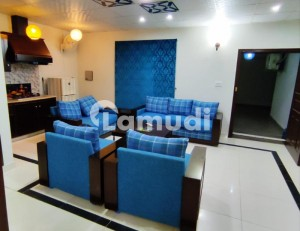 Perfect 1600  Square Feet Flat In F-11 For Rent