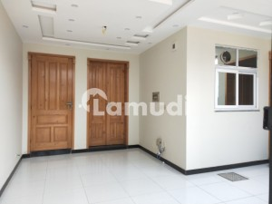 Beautiful 35x70 10 Marla Full House For Rent