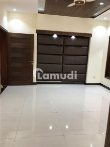 1 Kanal Like New House For Sale In Ali Block Bahria Town Lahore