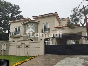 8397  Square Feet House For Sale In E-7