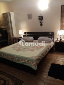 Bungalow Fully Furnished Room Only For Females