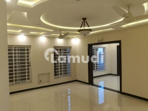Stunning One Kanal Upper Portion For Rent In Phase Iii
