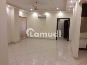10 Marla Fully Furnished For Rent