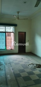 1350  Square Feet Lower Portion In Allama Iqbal Town Is Available