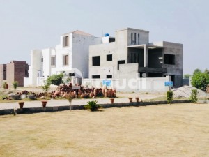 In Roshaan Homes 10 Marla Residential Plot For Sale