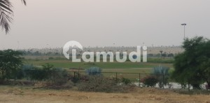 Good location 500 yards Golf city plot available for sale in bahria town karachi