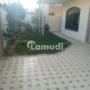 500 Yard Lower Portion For Rent In DHA Phase 8