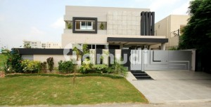 1 Kanal Top Of The Line Bungalow For Sale Near Jalal Sons