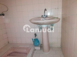 750  Square Feet Flat Available For Sale In Gulshan-E-Iqbal Town