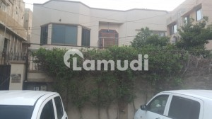 8 Bedroom 600 Sq Yards House For Sale Opposite Ocean Mall Clifton