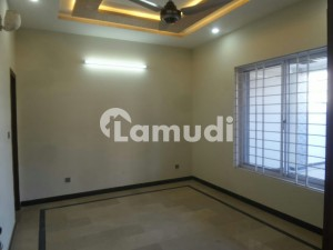 7 Marla Lower Portion Available For Rent In Satellite Town
