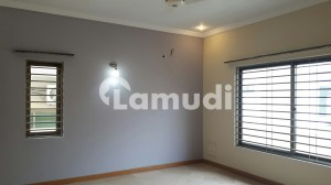 4500  Square Feet House Situated In F-10 For Rent