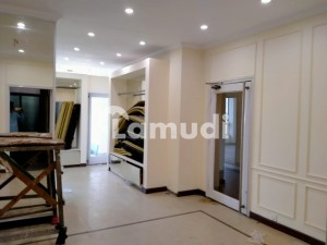 8 Marla Second Floor With Lift For Rent