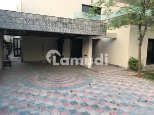 House Of 4500  Square Feet For Rent In Cantt