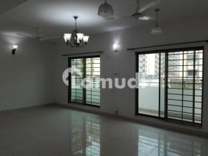 10 Marla Flat For Sale In Beautiful Askari