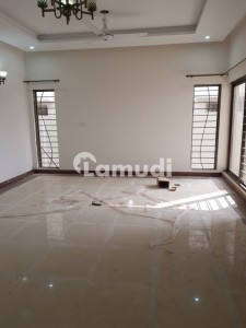 3 Bedroom Flat is Available For Rent in sector D Askari 14