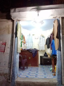 House Available For Sale In Jamia Cloth Market